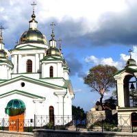 Церковь Архистротига Божия Михаила в Ореанде, Курпаты