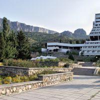 Crimea, Hotel Mrija, Оползневое