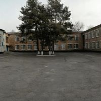 Внутренний двор в школе, Липовец