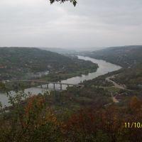 Днестр, мост соединяет две страны, Молдавию и Украину, Могилев-Подольский