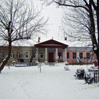 Старый жилой дом на ул.Колонтай(до 1917г.- реальное училище), Тульчин