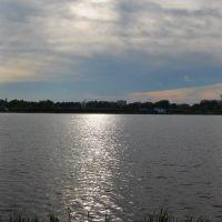 Тремтить - переливається срiбна доріжка води... ___Trembles  the silver path of water overflows..., Ковель