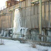 Сосулька на градирне оборотного водоснабжения, Вольногорск