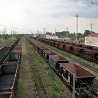 Ст. Пятихатки, южная сторона вокзала, вид в сторону Жёлтые Воды-I, Пятихатки
