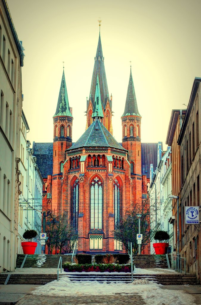 "#Contest April: Symmetry ""die Paulskirche in Schwerin"", Шверин"
