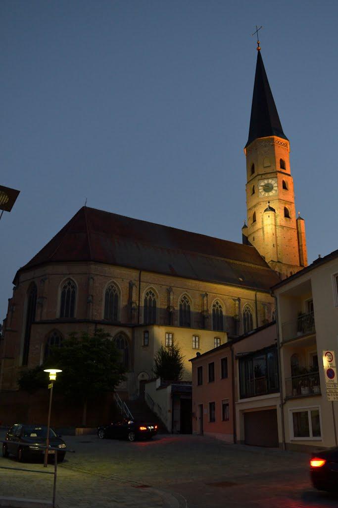 Dingolfing, Kirche St. Johannes, Дингольфинг