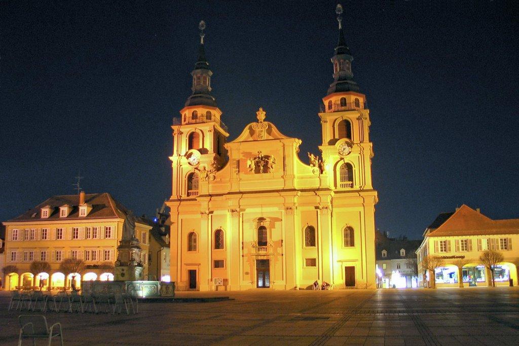 Ludwigsburg-Marktplatz-Night, Людвигсбург