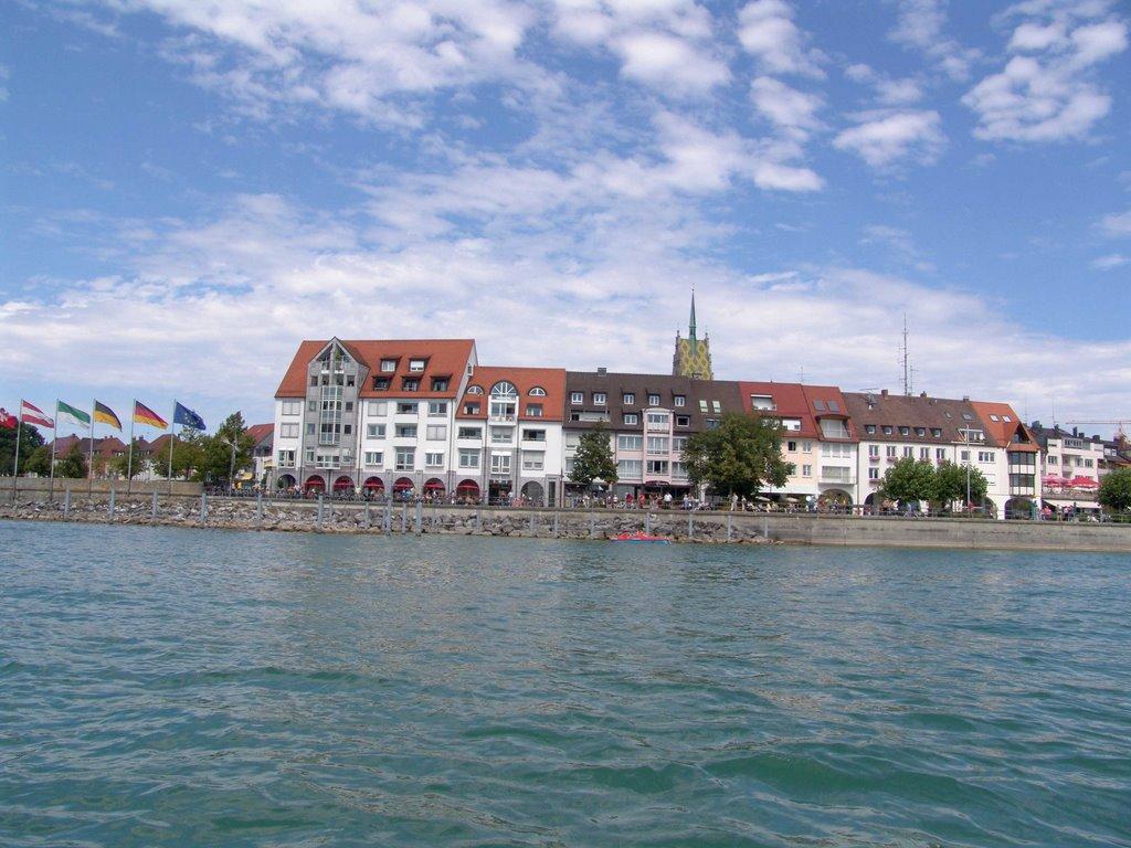 Blick auf Seepromenade von Friedrichshafen, Фридрихсхафен