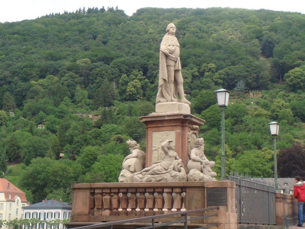 Old Bridge - statue, Хейдельберг