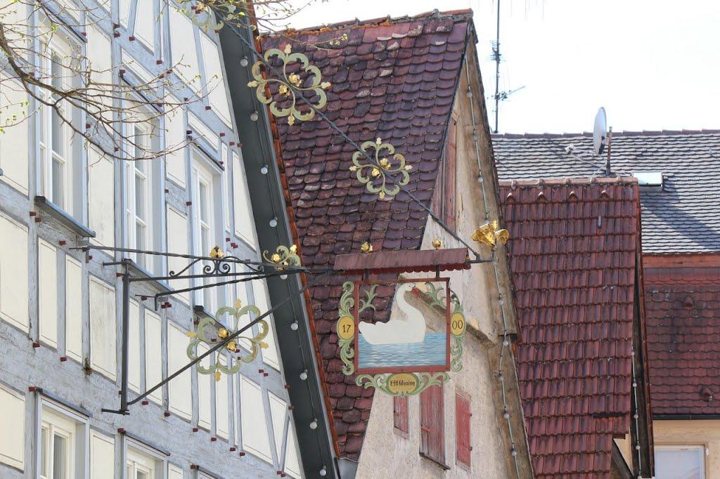"""Wirtshausschild """"Schwan"""" in Schwäbisch Gmünd, Швабиш-Гмунд"""