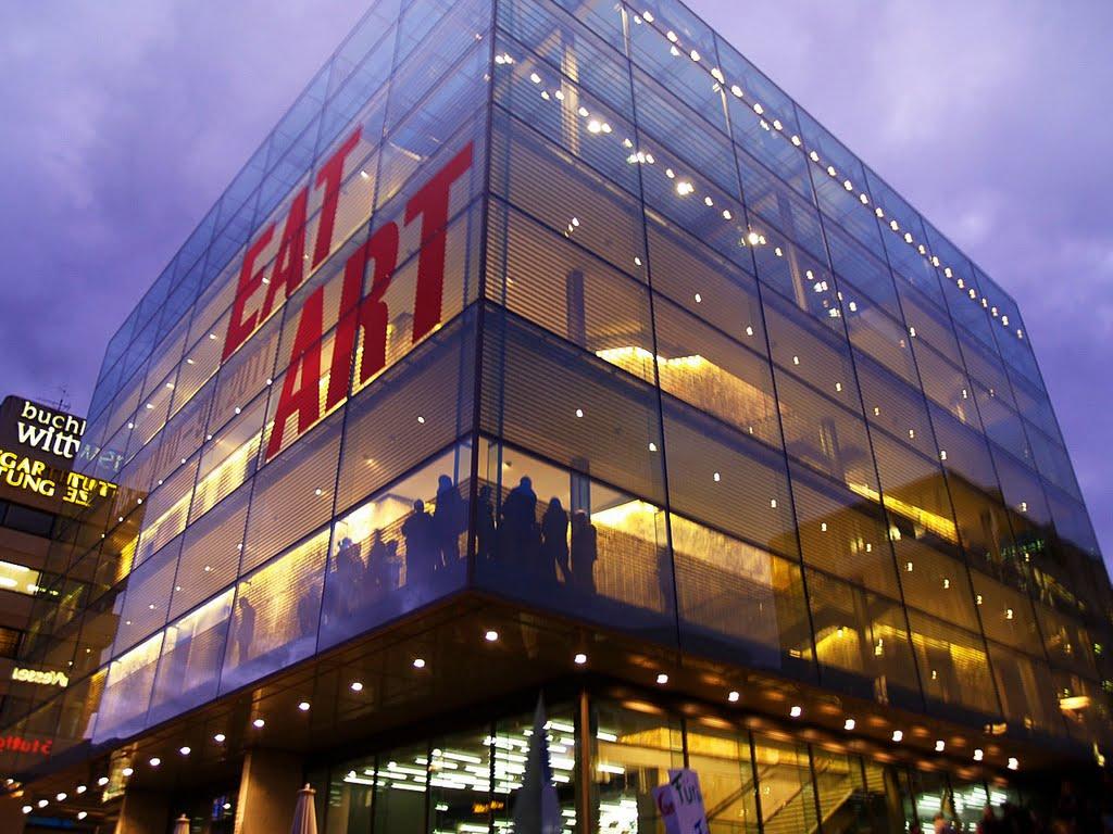 EatArt II - Kunstmuseum Stuttgart, Kleiner Schloßplatz 1,  201010, Штутгарт