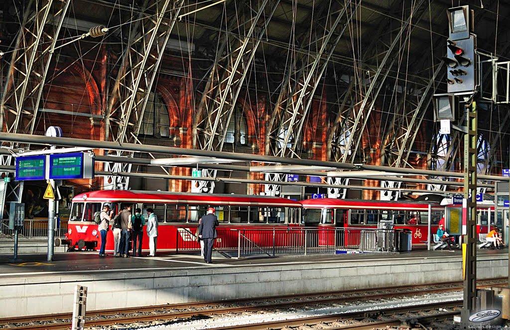 Moorexpress - Roter Schienenbus im Hauptbahnhof Bremen  - (C) by Salinos_de HB, Бремен