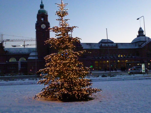 Wiesbaden 2012: Central railway station in winter, Висбаден