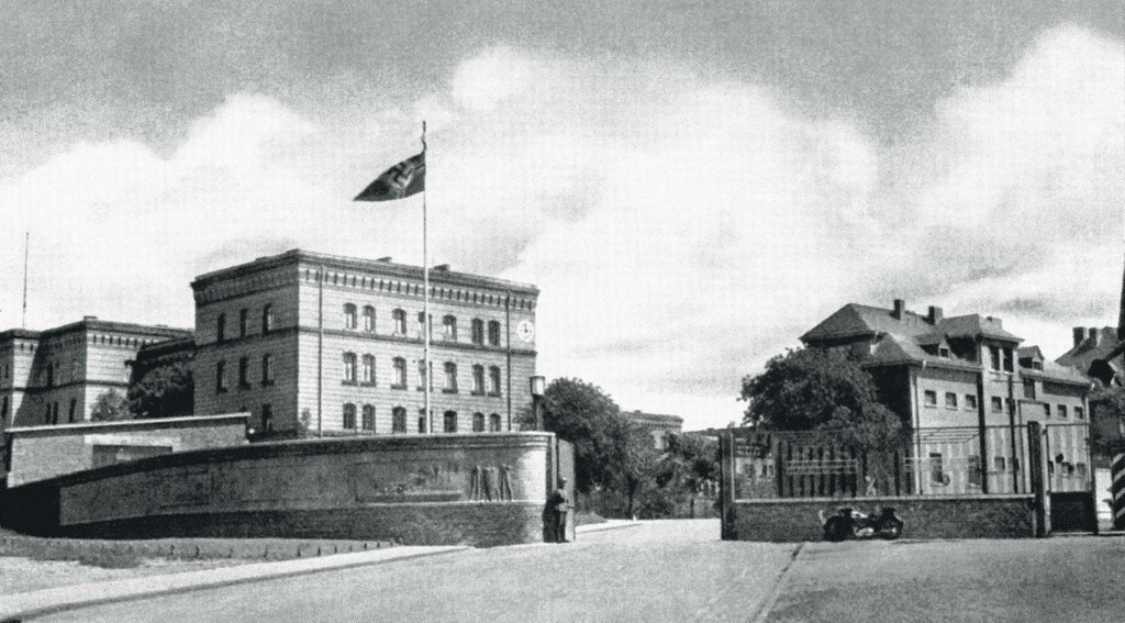 Bergkaserne ca. 1938, Гиссен