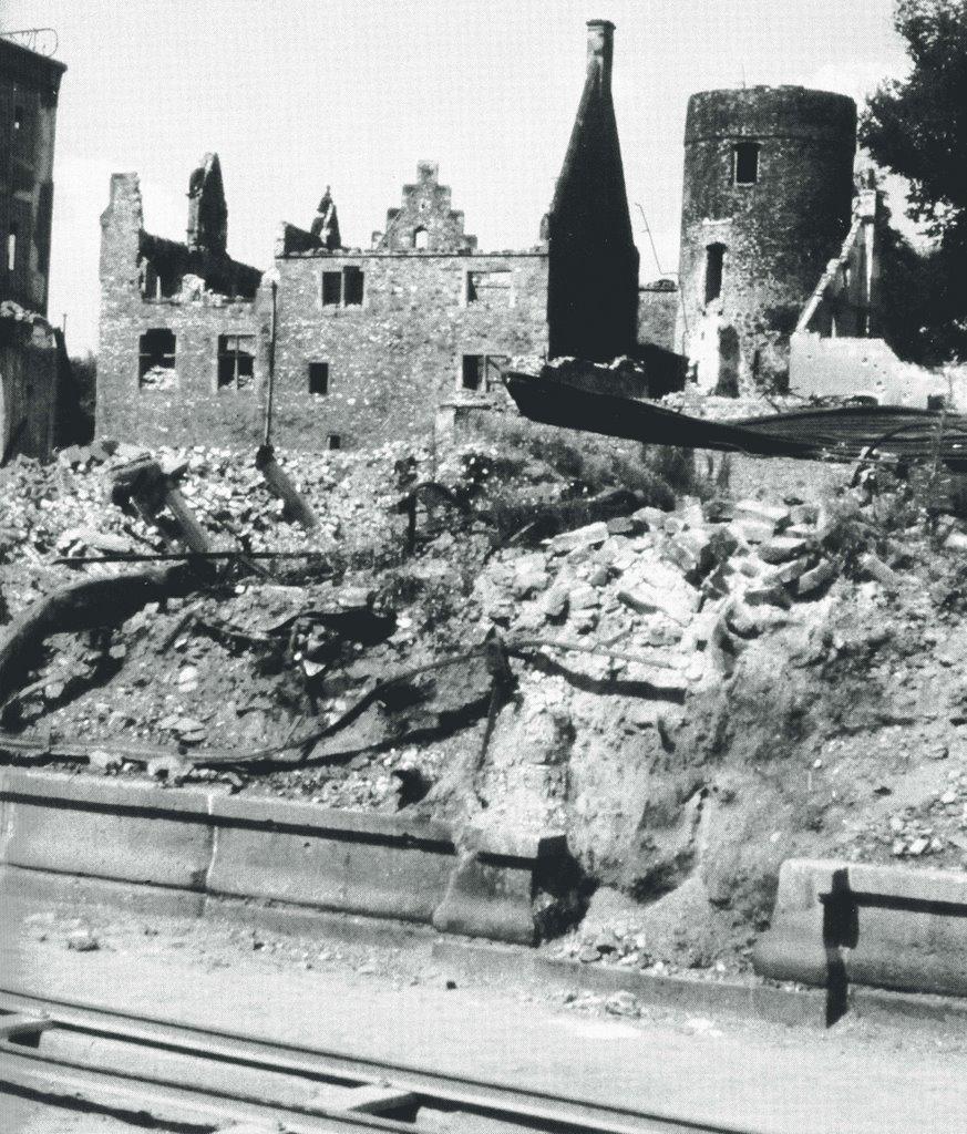 Altes Schloß 1945, Гиссен