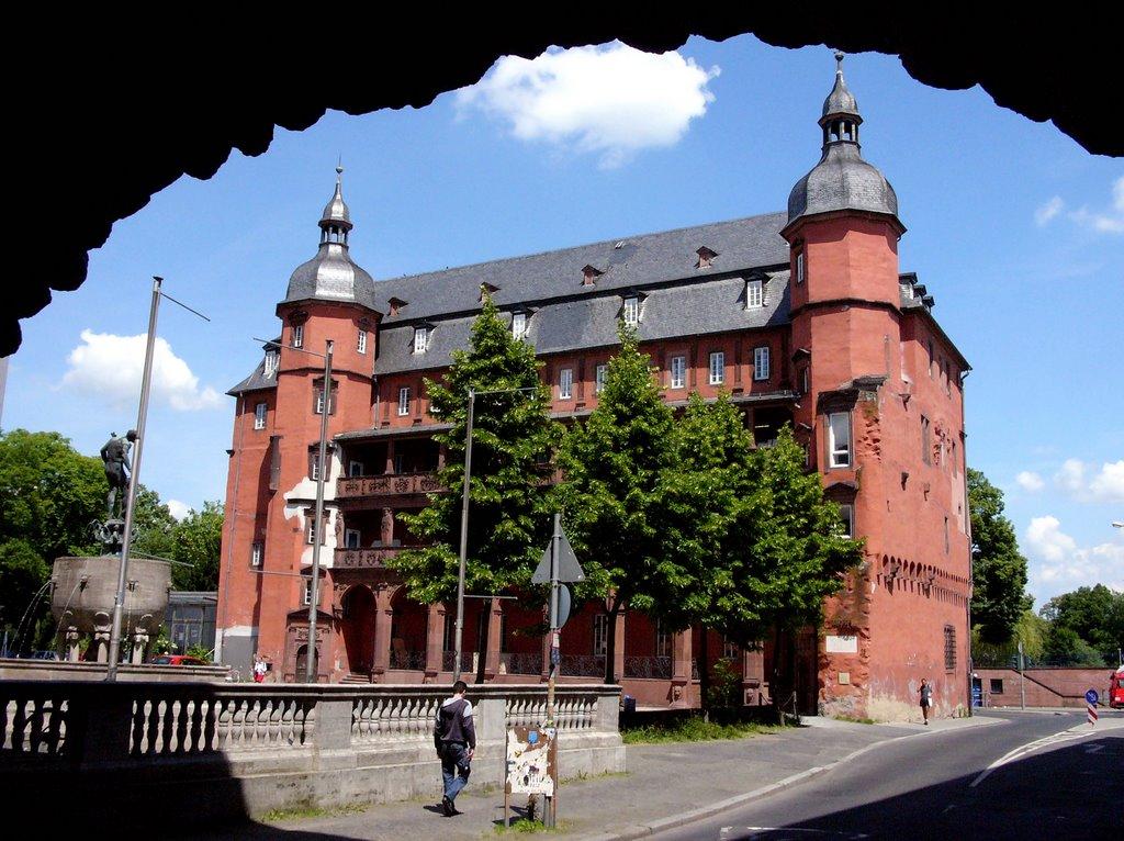 Isenburger Schloß/ Offenbach, Оффенбах