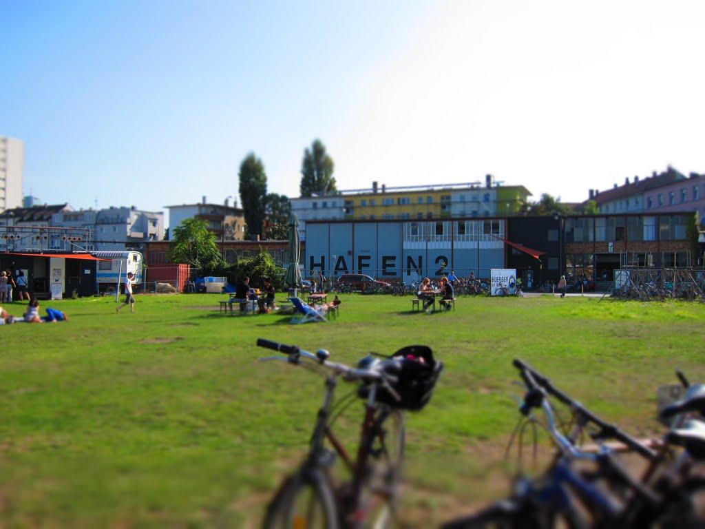 Hafen 2 in Offenbach (tilt-shift), Оффенбах