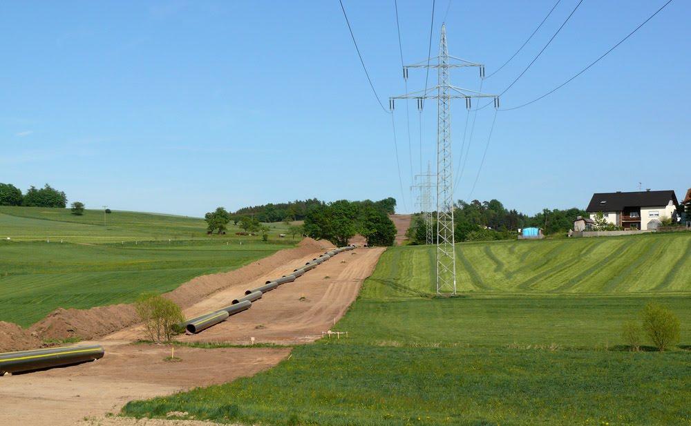 Die Gaspipeline bei Klein-Eichen (2007), Руссельшейм