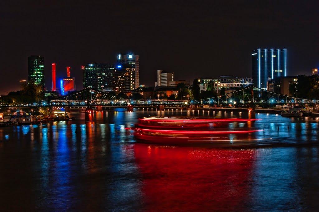 Frankfurt, Blick von der alten Brücke bei Nacht., Франкфурт-на-Майне