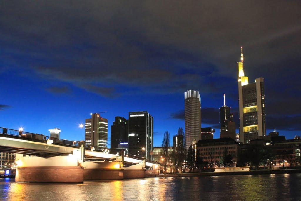 Frankfurt Main SKYLINES, Франкфурт-на-Майне
