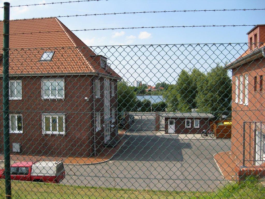 Wilhelmshaven - Gebäude des Senckenberg-Institut am Fliegerdeich (ehem. Kasernengebäude), Вильгельмсхавен