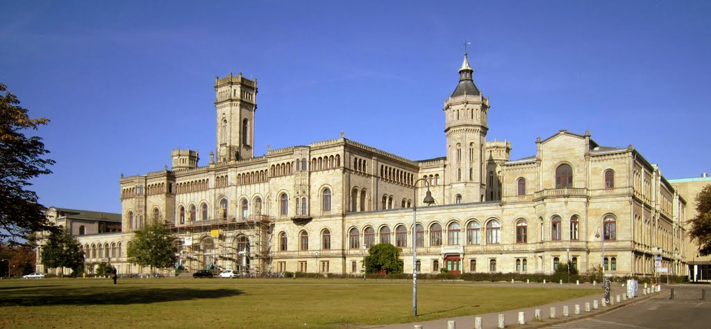Leibniz Universität Hannover , ehemaliges Welfenschloss / Leibniz University Hanover , former Welfen castle, Ганновер