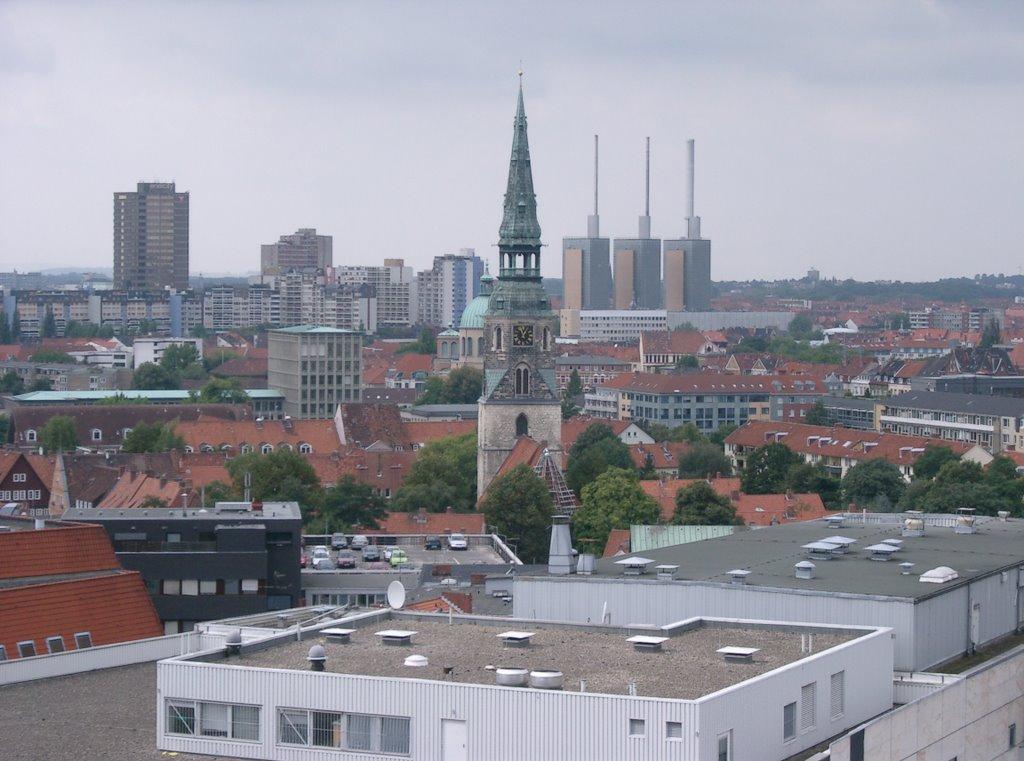 Kreuzkirche und Ihme-Zentrum, Ганновер