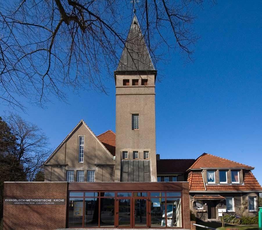 """DELMENHORST: Evangelisch-Methodistische Kirche, Gemeindezentrum """"Christuskirche"""" / Protestant Methodist church, community center """"Christ church"""" • 2009, Дельменхорст"""