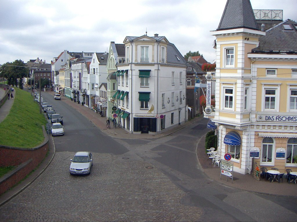 Cuxhaven - Blick in die Deichstraße, Куксхавен