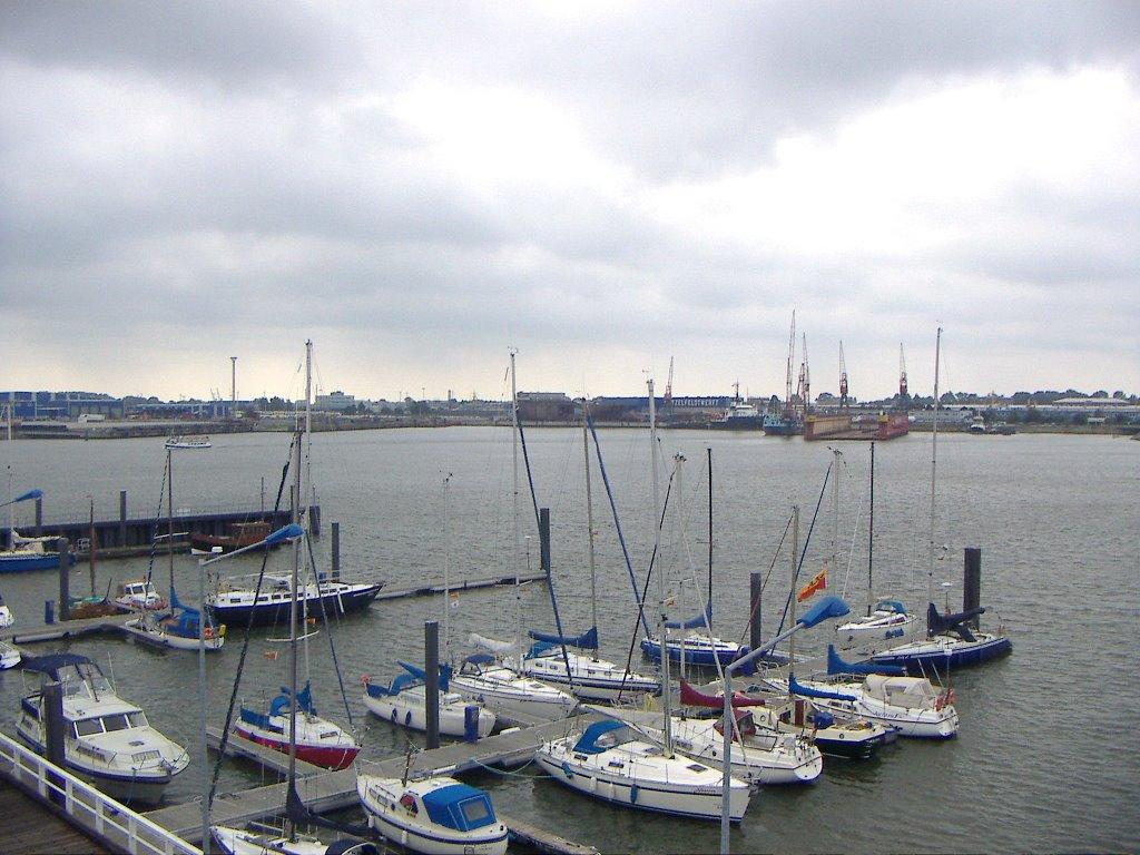 Cuxhaven - Blick in den Freihafen/Amerikahafen, Куксхавен