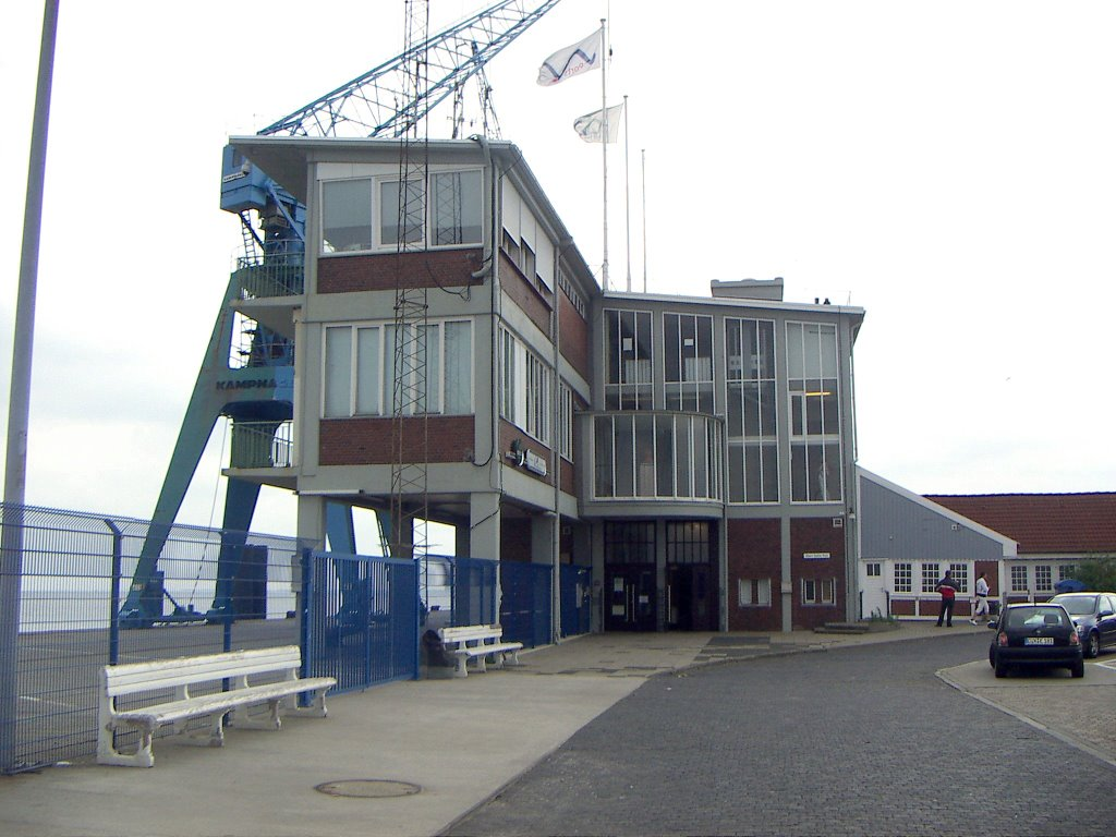 Cuxhaven - Steubenhöft mit Ballin-Platz, Куксхавен