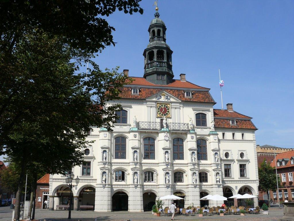 Lüneburg Rathaus -das schönste im Norden-, Лунебург