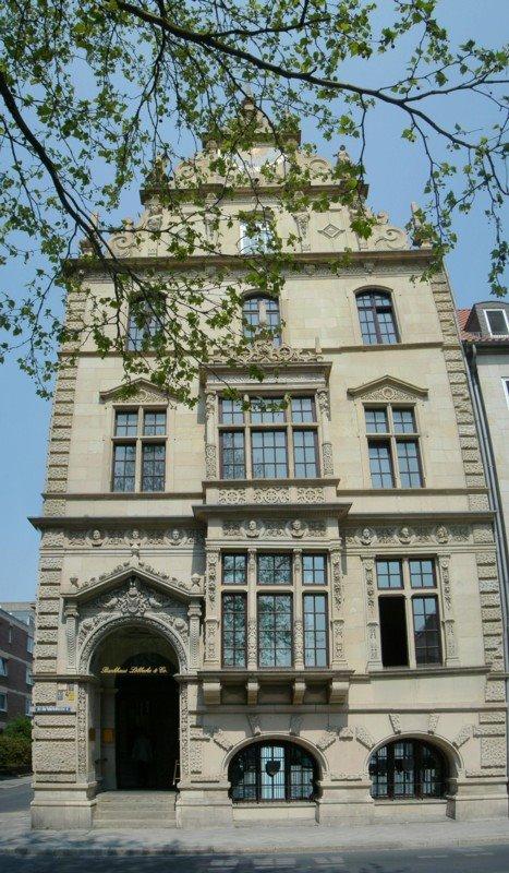 Bankhaus Löbbecke am Martinikirchplatz, Брауншвейг