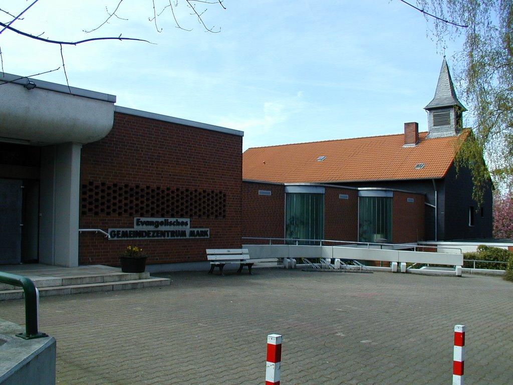 Aplerbecker Mark, Evangelisches Gemeindezentrum, Дурен