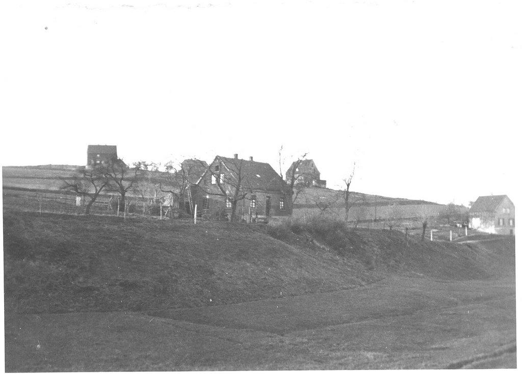 Historische Aufnahme der Gurlittstrasse, damals Wiesenstrasse, aus dem Nathebachtal heraus. Im Vordergrund die Häuser 49 und 39., Малхейм-ан-дер-Рур