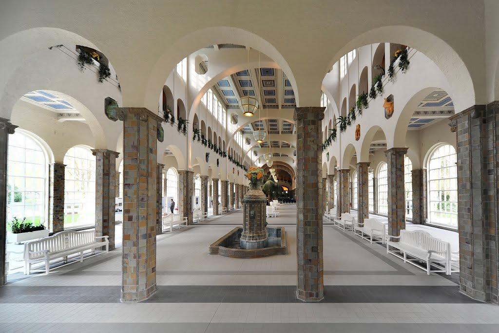 Prächtige Wandelhalle., Бад Киссинген