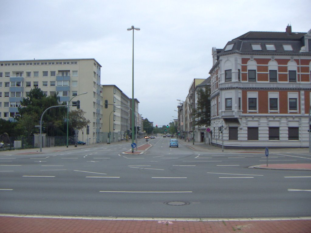 Bremerhaven - Blick in die Lloydstraße von der Barkhausenstraße (vom Lloydplatz), Бремерхафен