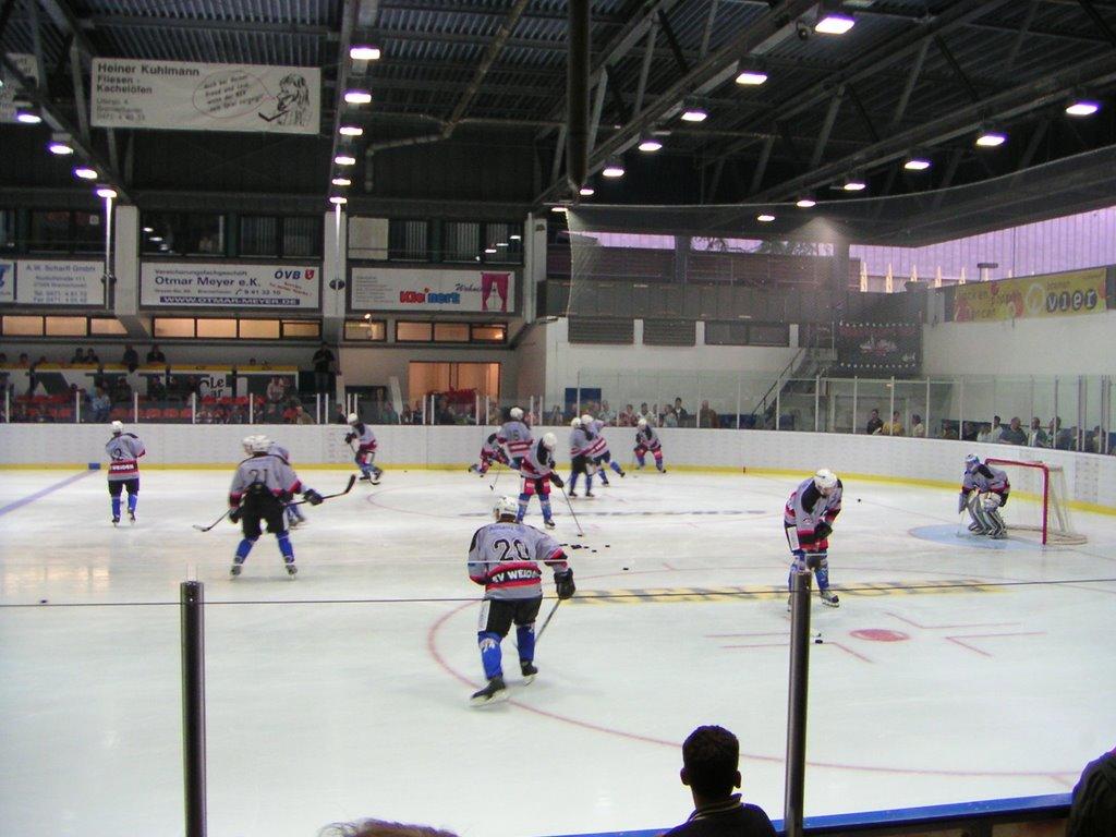 Eisstadion Bremerhaven (abgerissen 2011), Бремерхафен
