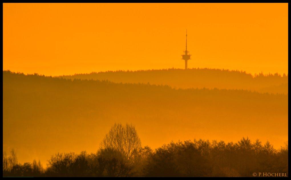 Fernsehturm Weiden im Morgenlicht, Вайден