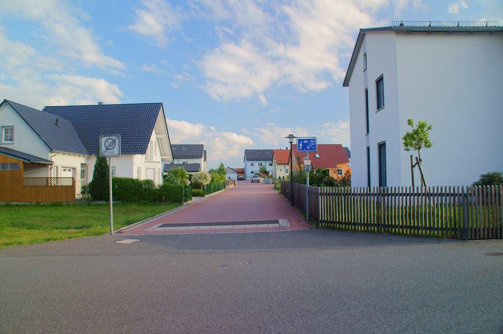 Bayernstraße, einer ruhigen Straße in Weiden., Вайден