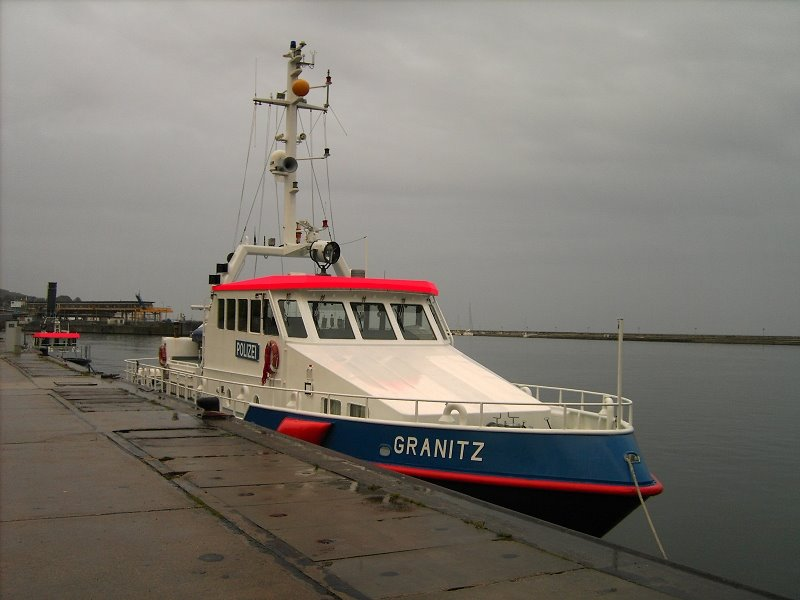 "Polizeiboot ""Granitz"" im Sassnitzer Hafen, Засниц"