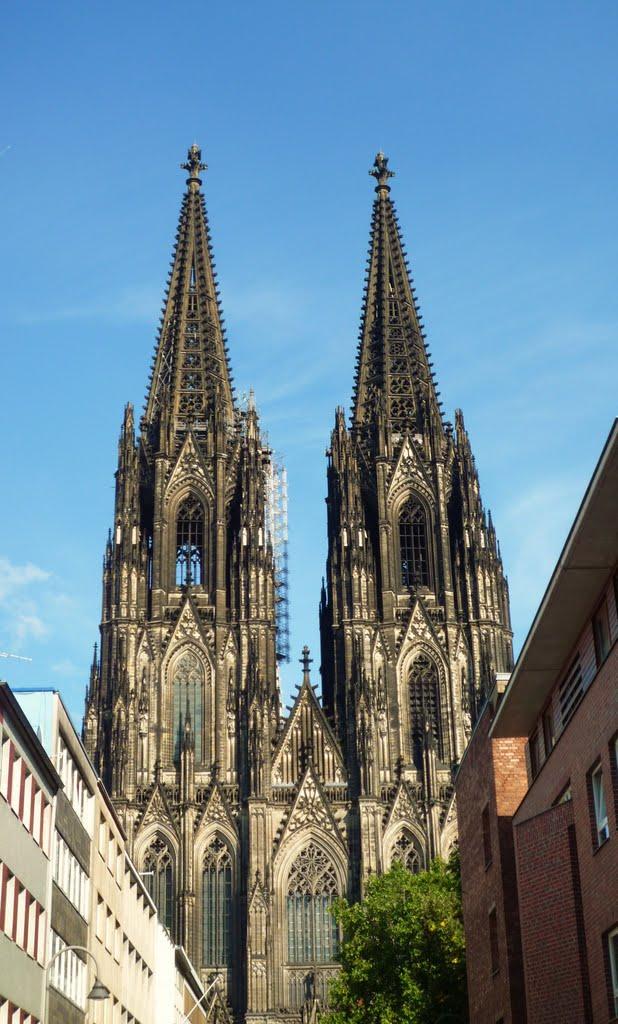"""Kölner Dom aus der Straße """"Burgmauer"""" betrachtet // Cologne Cathedral, Кельн"""