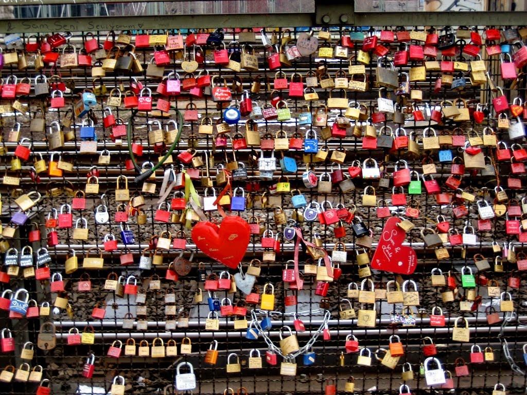 Locked Love, Кельн
