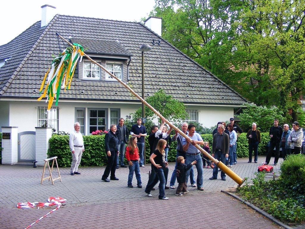 Maibaum 2009, Линген