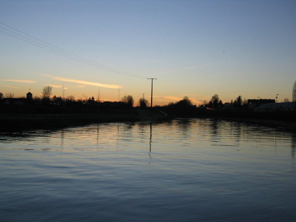 Sonnenuntergang überm Inn-Kanal, Мюльдорф