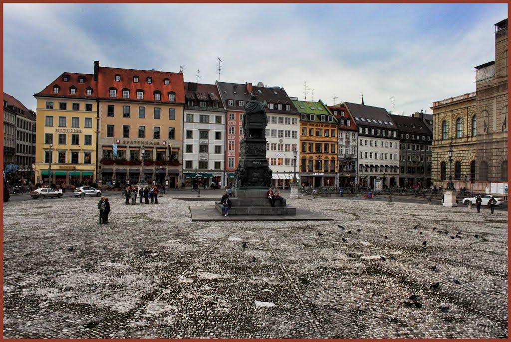 Place Max-Joseph à Munich, Мюнхен
