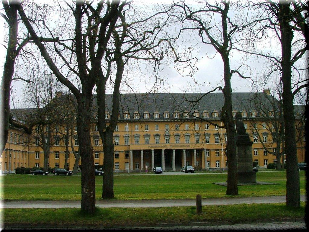 Regierungsgebäude, Ольденбург
