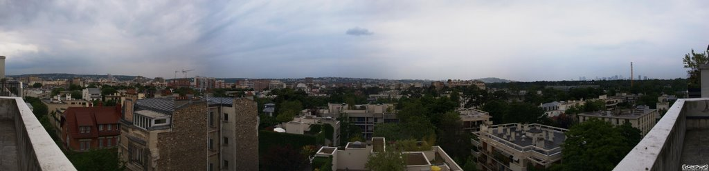 Panorama over Paris, Коломбес