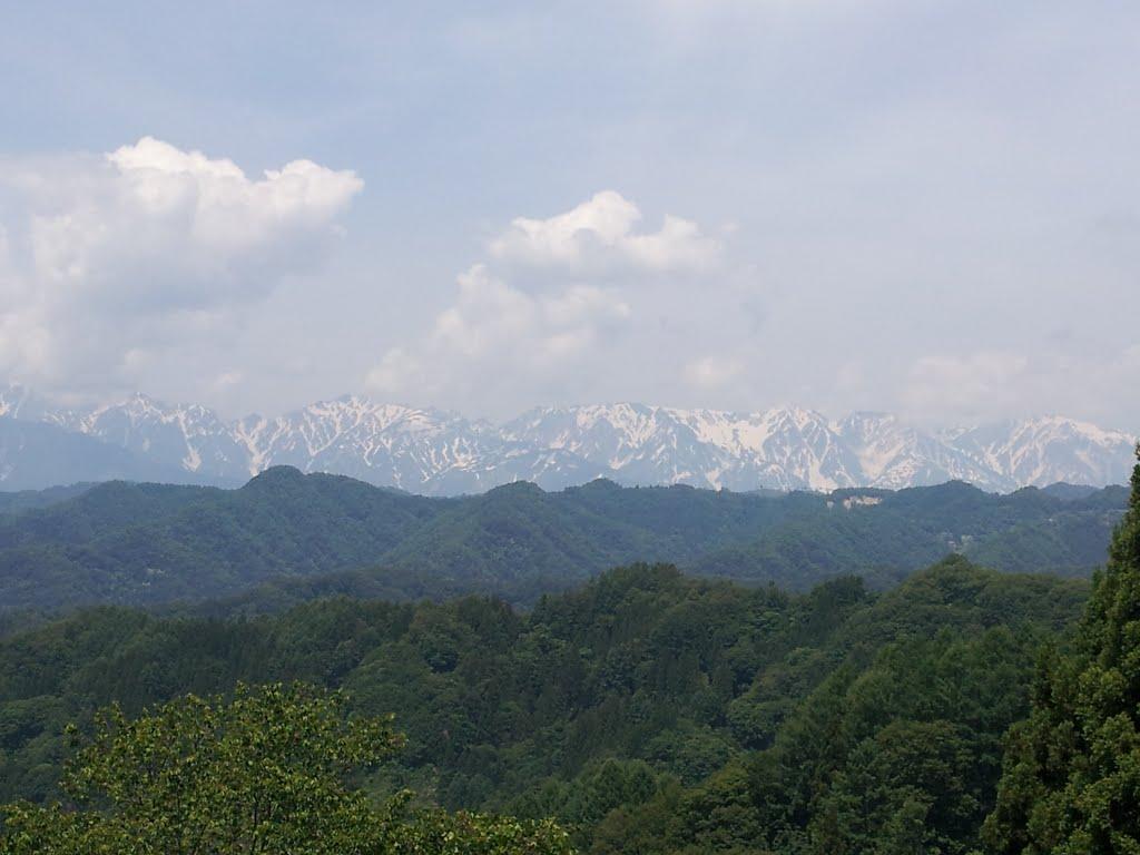 北アルプス白馬連峰、白馬三山 信州小川村より, Мииако
