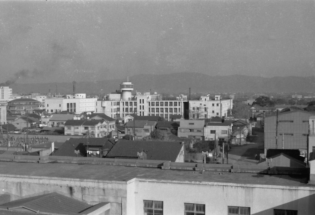 47years agos shot of Ueroku district(大阪上六地区), Ниагава